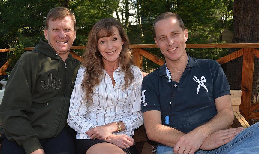L-R: Con Malherbe, Sue Malherbe and Gregg Oosthuizen.